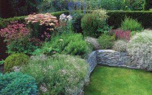 Приподнятый цветник красота сада