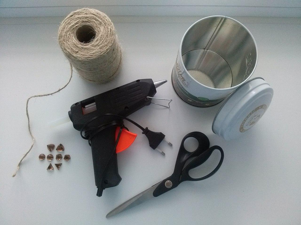 Инструменты для декора вазона