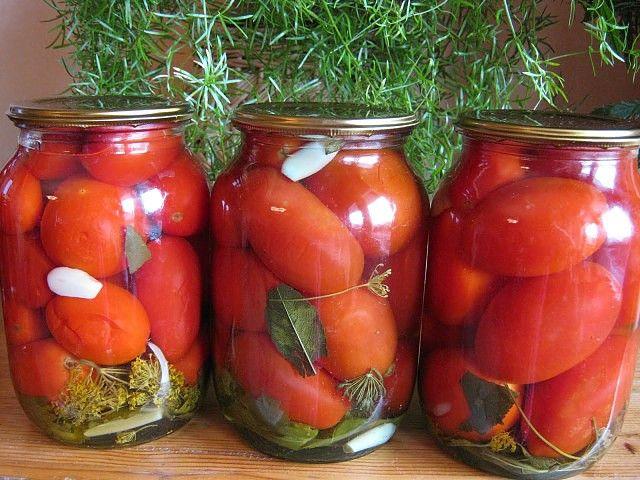 2 рецепта сладко — острых маринованных томатов